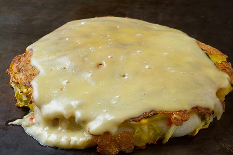 モチチーズお好み焼き